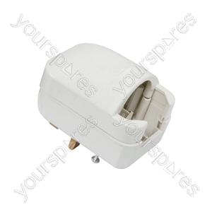 White SCP3 13A rated Euro converter plug- bulk